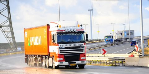 Vrachtwagenchauffeur STC mbo college Rotterdam en Westland